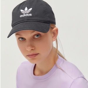 Adidas black baseball hat